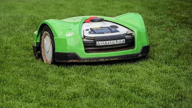 gräsklippare med robot